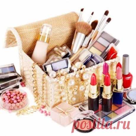 Всё, что нужно для макияжа: основной список косметики и инструментов - МирТесен