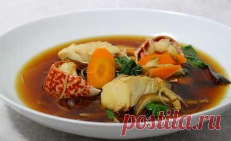 La sopa buyabes la receta clásica de la foto en las condiciones de casa