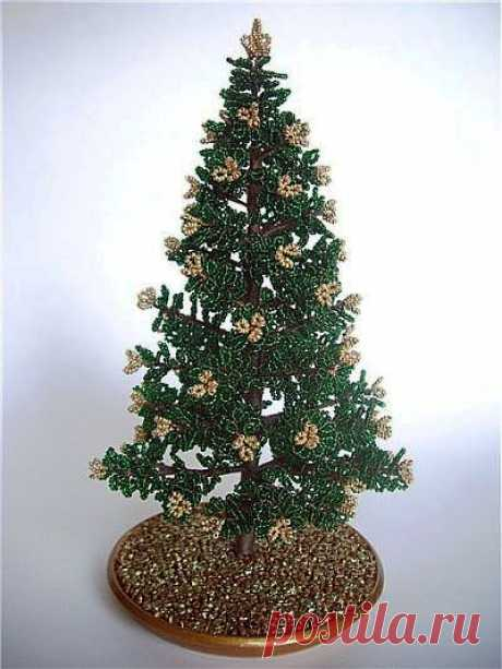 Мастер-класс: Новогодняя елочка из бисера (2)