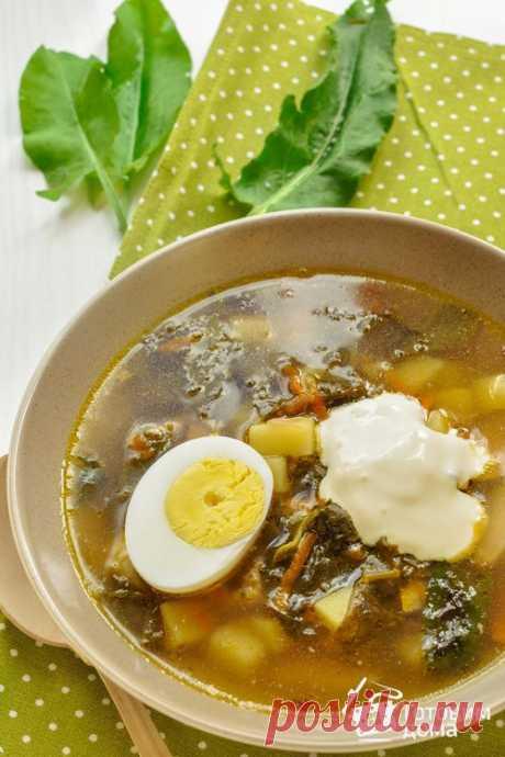 Щавелевый суп  Рецепт приготовления: Приготовить куриный бульон. Курицу ополоснуть чистой водой. В кастрюлю налить воду, положить