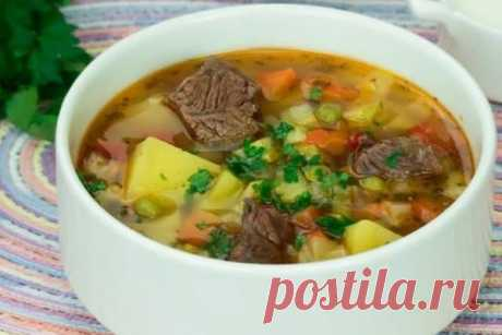 Суп с говядиной и овощами: насыщенный, вкусный и ароматный Суп, рецепт которого мы Вам предлагаем, хорош тем, что его можно готовить в любое время года. В зависимости от сезона выбираем разный набор овощей. Этот сытный, наваристый и полезный суп обязательно понравится всем.