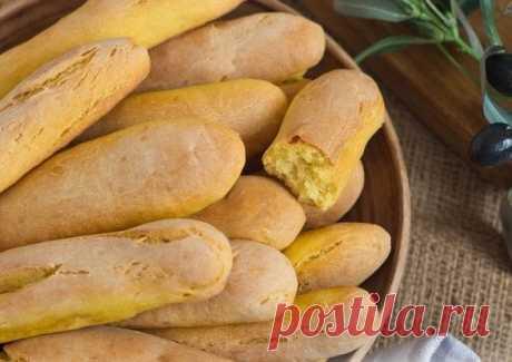 Хлебные палочки на кефире