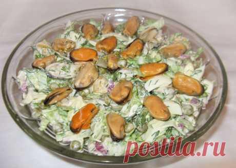 Салат из мидий, яиц и зеленного горошка - рецепт с фото пошагово Салат из мидий, яиц и зеленного горошка - пошаговый кулинарный рецепт приготовления с фото, шаг за шагом.