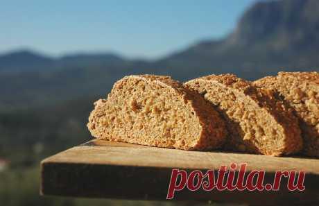 Здоровый хлеб: натуральная пшеничная закваска МЕДОВАЯ  Этот рецепт приготовления пшеничной закваски был найден мной на одном из кулинарных блогов и понравился мне довольно простым приготовлением и неприхотливостью самой закваски.И действительно, такой ст…