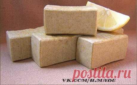 Мыло-скраб с белой глиной.