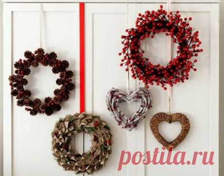How to make a New Year's wreath on a door with own hands