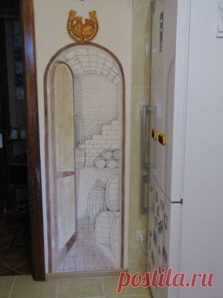 Вход в подвал , рисунок на кухне, работа Рашкована Александра