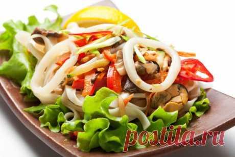 Постный салат с кальмарами: самый вкусный рецепт с фото