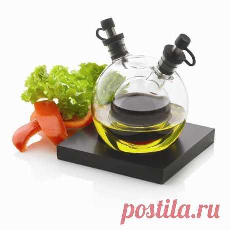 El juego para el aceite y el vinagre (se puede comprar por 1150 rub)