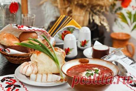 Украинские выходные: 5 блюд украинской кухни, которые вас удивят | Смачно Украинская кухня - рецепты. Как приготовить борщ с карасями, гречаники, запорожский капустняк и другие блюда украинской кухни