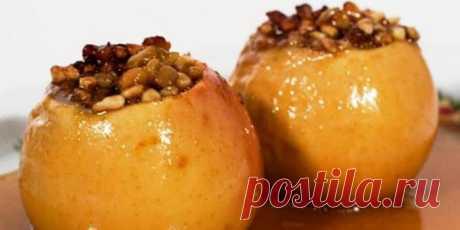Как запечь яблоки в микроволновке - простые рецепты приготовления полезного десерта Как запечь яблоки в микроволновке правильно и быстро? Узнайте особенности создания такого десерта, рассмотрите 4 рецепта от профессионалов, включая вариант блюда для грудничков