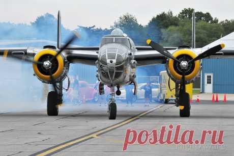 Фото North American TB-25 (NL1042B) - FlightAware