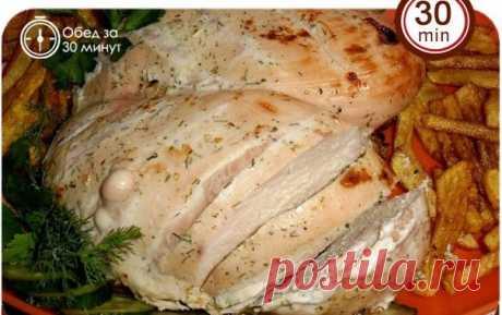 Куриная грудка в кефире в мультиварке   Куриная грудка готовится всегда быстро. Ее единственный минус - сухость мяса. Чтобы сделать грудку сочнее, используются различные маринады. Один из таких - кефир. В готовом виде куриная грудка в кефире в мультиварке выглядит не только аппетитно, она получается сочной и еще более нежной. Смотрите, как приготовить куриную грудку в кефире в мультиварке!   Ингредиенты:  Куриная грудка — 2 Штуки  Кефир — 250 Грамм  Лук — 2 Штуки  Соль и с...