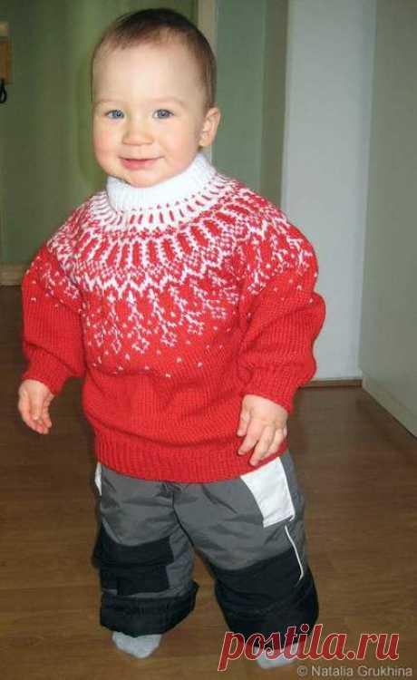 Вязание свитера с круглой кокеткой на ребенка