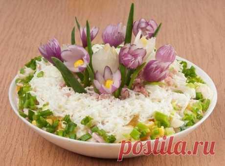 Картофельный салат с ветчиной, курагой и кукурузой. Рецепт