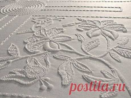 Ну очень красиво! Белым по белому: вышивка в стиле Mountmellick