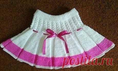 Вяжем спицами юбочку для девочки