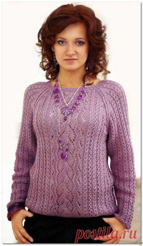 Два очаровательных женских пуловера спицами  Ажурный пуловер спицами  Кликните по картинке, чтобы увеличить её   Разноцветный пуловер спицами  В классическом многоцветном пуловере, связанном фантазийным узором с патентными петлями, полоса одног…