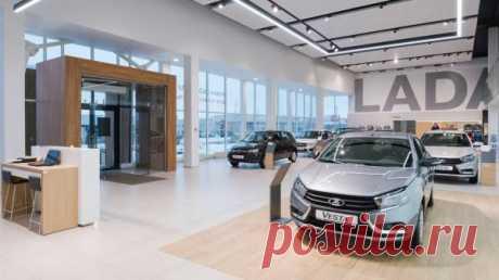 Lada бьет рекорды продаж «АВТОВАЗ» подвел итоги продаж октября 2020 года. За месяц россияне купили 37 030 автомобилей Lada. Эта цифра стала рекордной в этом месяце с 2014 года. Тогда компания продала 37 788 машин.