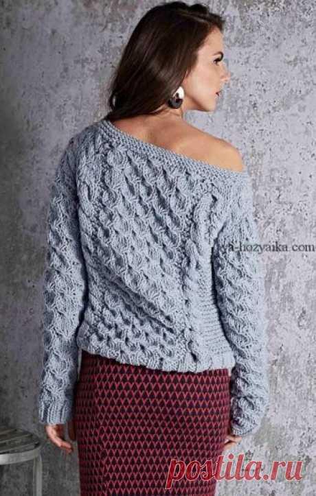 Модный пуловер объемным узором 2019. Модные свитера 2019 спицами схемы