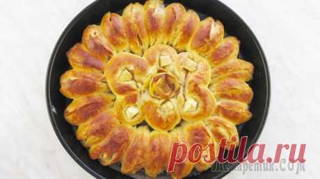 Отрывной яблочный пирог. Легко просто и красиво! Приветствую всех. Сегодня я готовлю очень ароматный, нежный и вкуснейший отрывной яблочный пирог. Он очень простой в приготовлении, но вкус и оформление, обязательно понравится Вашей семье.Ингредиенты...
