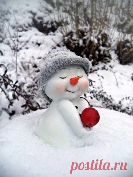 Самый добрый снеговик!