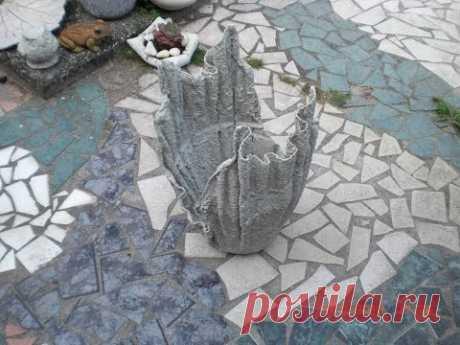 Beton giessen - Blumenkübel aus betongetränkten Tüchern / allgemeine Variante