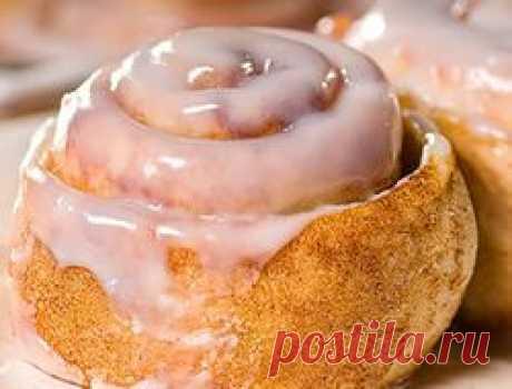 Глазурь для булочек: сахарная, рецепт с корицей, шоколадная, для дрожжевого теста