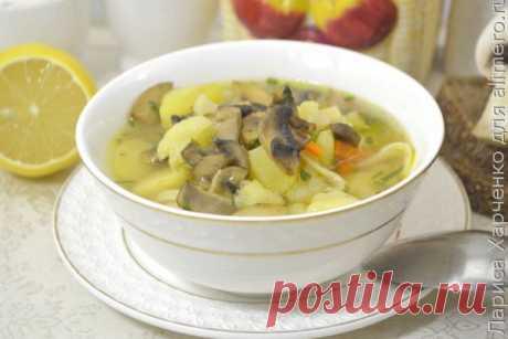 👌 Наваристый суп с грибами и цветной капустой - постимся вкусно, рецепты с фото Вкусный рецепт Наваристый суп с грибами и цветной капустой - постимся вкусно, пошаговый, с фото и отзывами 👍 Зимние супы, Вегетарианские супы, Низкокалорийные супы, Постные вторые блюда