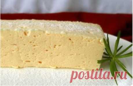 El soufflé (la capa intermedia para tortikov y los postres)