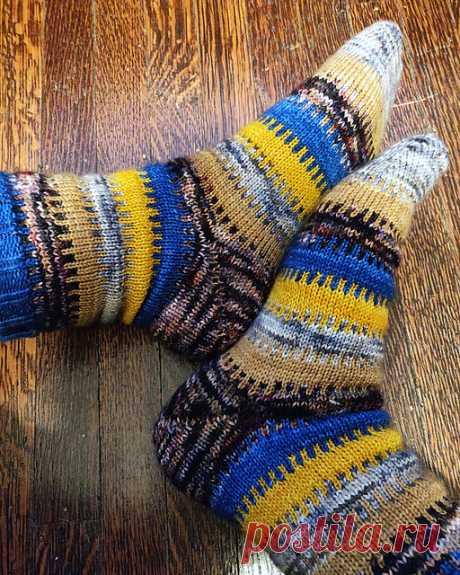 Вязаные спицами носки Sprocket - Вяжи.ру