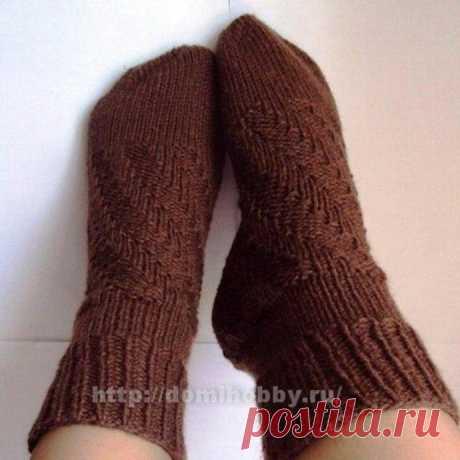 Носки на спицах со спиральной пяткой