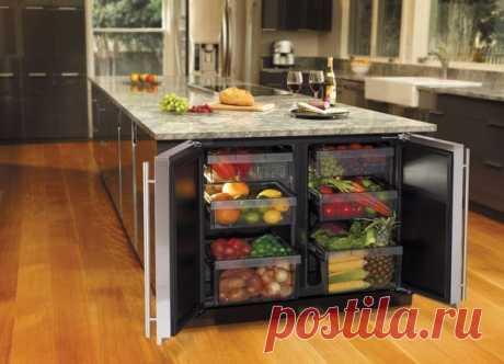 Стол - холодильник! Хозяйки оценят! Сколько среди нас таких? ;)