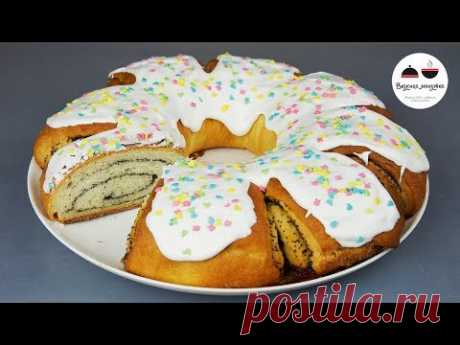 ROLL easter with poppy \/ Pastries on Easter \/ Easter Cake