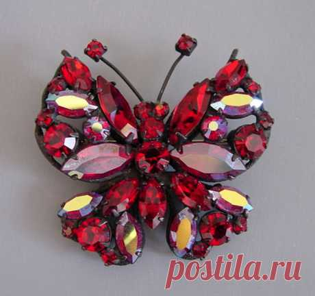 Старинные драгоценности: булавки-бабочки