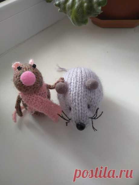 Вязаные мышки. Амигуруми. Подарок любимым.