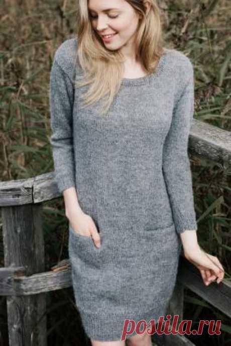 Платье с карманами из альпаки Простое женское платье, связанное на спицах 4.5 мм из шерстяной пряжи. Вязание всех деталей выполняется раздельно чулочной вязкой и резинкой...