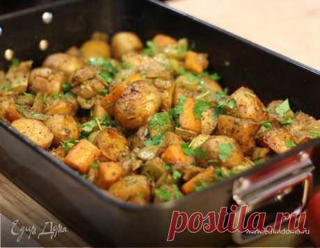 Овощное рагу - постное блюдо. Ингредиенты: картофель молодой, морковь, перец сладкий