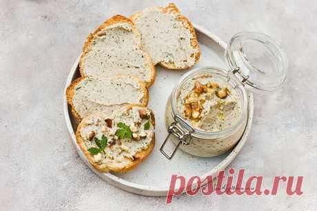 Куриный паштет с грецким орехом и баклажаном