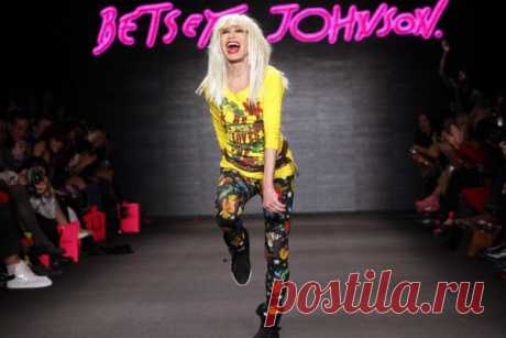 Betsey Johnson — history of creation of the History of the Popular Betsey Johnson Brand brand based by the designer of women's clothing Betsey Johnson on a wave of victorious procession of sexual revolution and general liberation