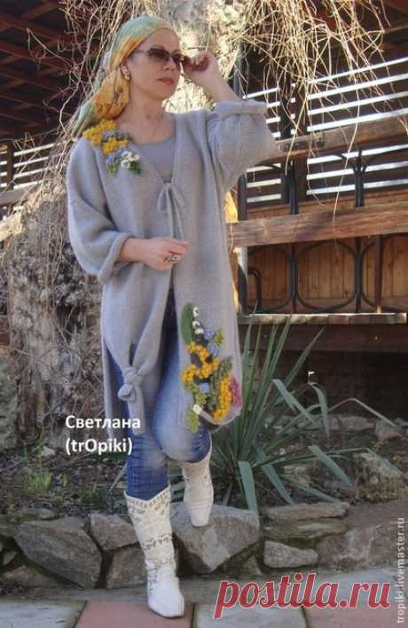 """To buy """"Ароматы весны"""" a coat knitted - gray, a coat a female, light overcoat, a coat knitted"""