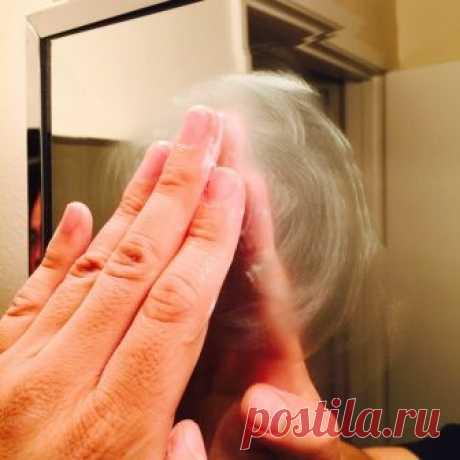 Простой трюк для хозяйки, чтобы зеркало в ванной не запотевало