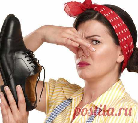 Чем и как избавиться от запаха в обуви в домашних условиях — как быстро убрать запах пота, чтобы обувь не воняла