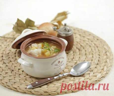 Постный рыбный суп с перловой крупой