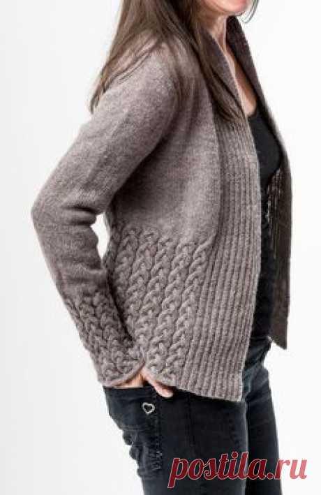 Womens Sweater Knitting Patterns Schöner Cardigan mit Musterkombination #stricken