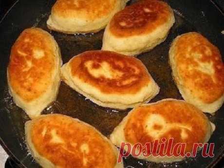 Пышные и вкусные пирожки на сметанном тесте к ужину