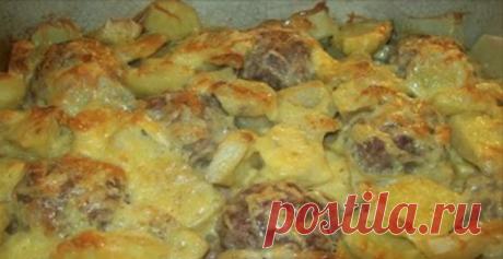Нежные мясные «ежики» с картошкой под сыром
