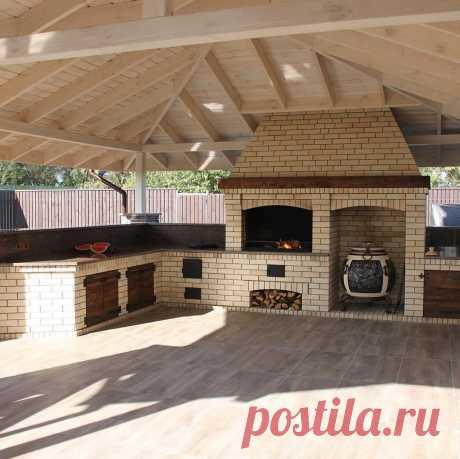 Сделано добротно - классная летная кухня с комплексом барбекю