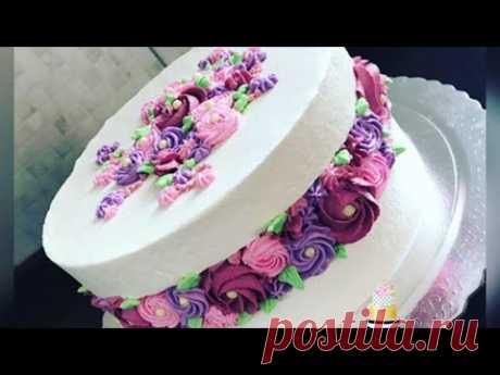Bolo com bico embutido de rosas (rosetas)