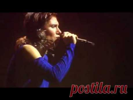 Elisa stupisce con Hallelujah 2017 - YouTube